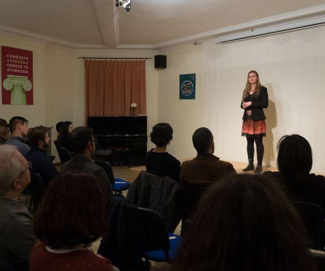 hipatia_conferencia_barcelona_mujer